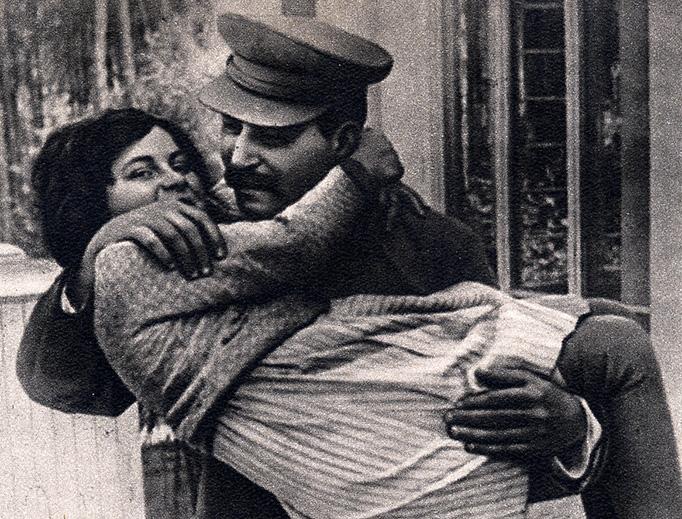 Joseph Stalin with his daughter Svetlana in 1935