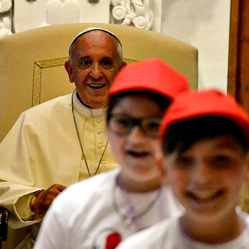 Pope Francis meets with students in Paul VI audience hall on May 31, 2014.