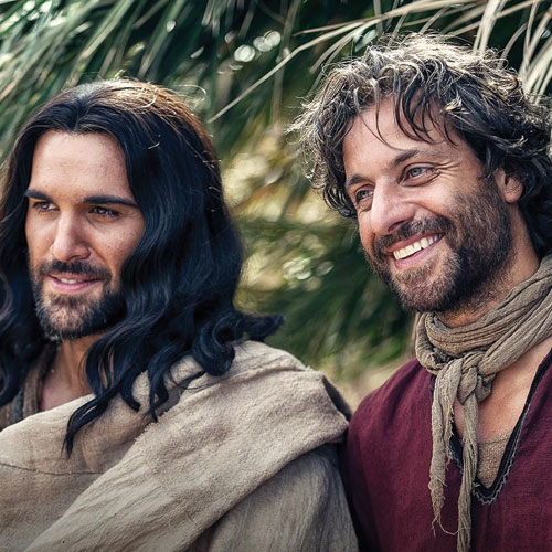 The actors who portray Jesus and St. Peter in A.D.