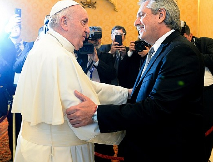 Pope Francis greets the president of Argentina, January 31, 2020.