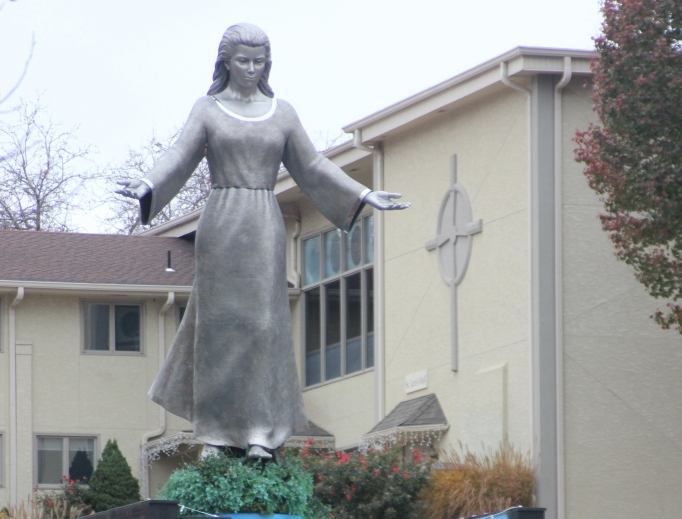 A statue of Mary greets visitors to the Missouri shrine.