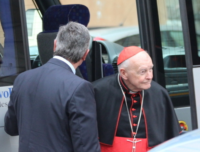 Cardinal Theodore McCarrick arrives at the Vatican on March 5, 2013.