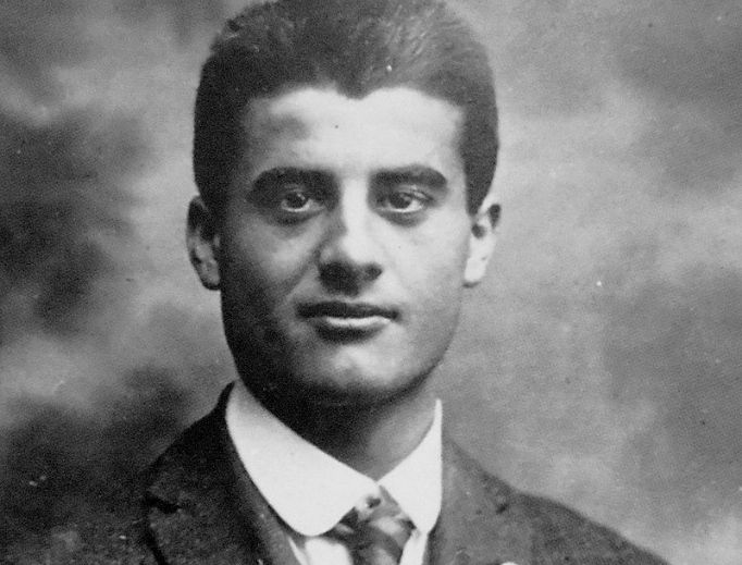 Blessed Pier Giorgio Frassati, who loved to have fun and pray alike, offers a holy example of lay life, according to his niece.