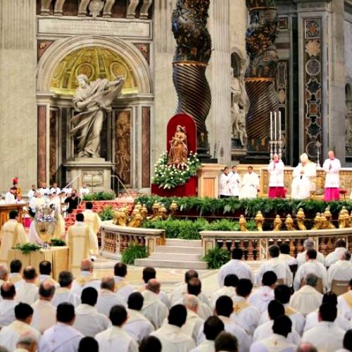 Pope Francis celebrates Holy Thrusday's chrism Mass in St. Peter's Basilica April 2.