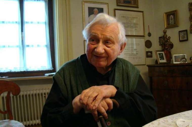 Msgr. Georg Ratzinger.