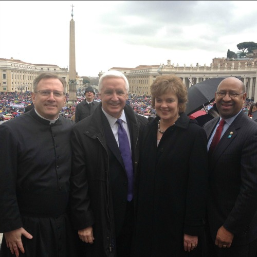 Father William Donovan (l) with Pennsylvania Gov. Tom Corbett and his wife, Susan Corbett, and Philadelphia Mayor Michael Nutter in Rome.