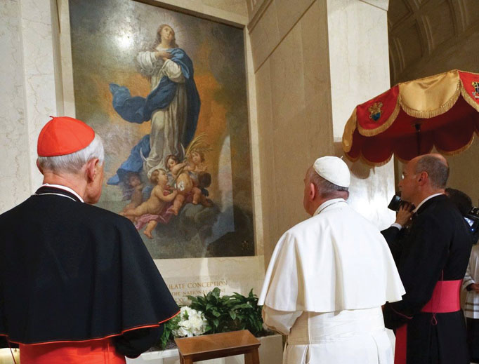 CONTEMPLATING BEAUTY. Pope Francis prays in front of the Immaculate Conception mosaic Sept. 23, 2015, at the Basilica of the National Shrine of the Immaculate Conception in Washington, D.C.