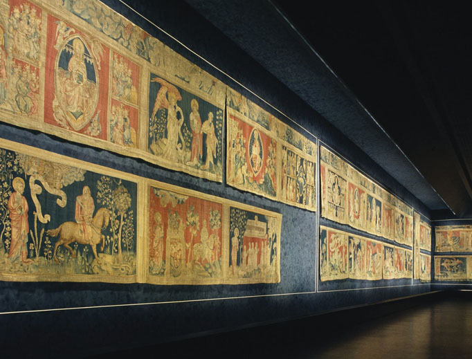 The Chateau of Angers houses famous 14th-century tapestry (shown). The St. Maurice Cathedral in Angers once held that honor.