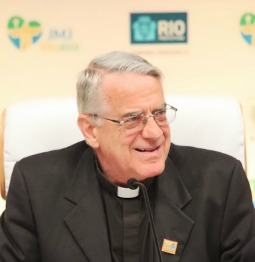 Papal spokesman Father Federico Lombardi speaking at a July 23 WYD press briefing in Rio de Janeiro.