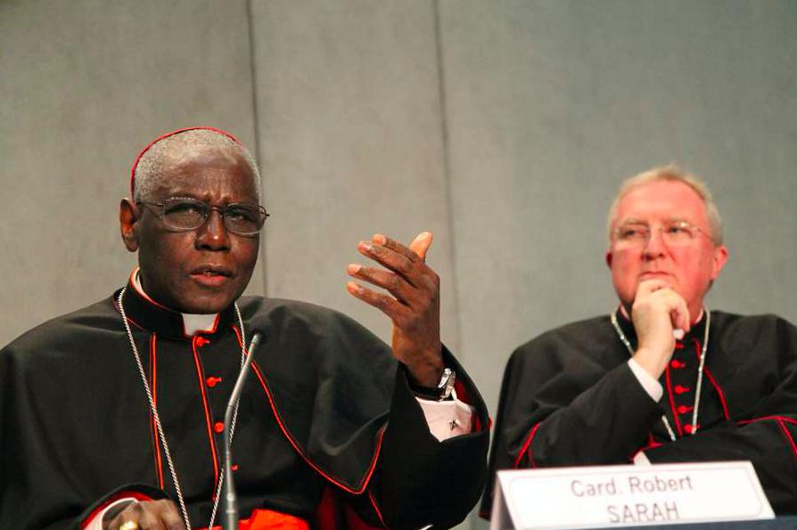 Cardinal Robert Sarah and Archbishop Arthur Roche at a Vatican press conference in 2015.