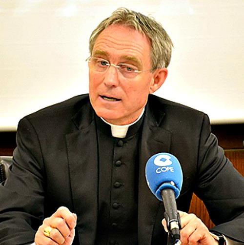 Archbishop Georg Ganswein