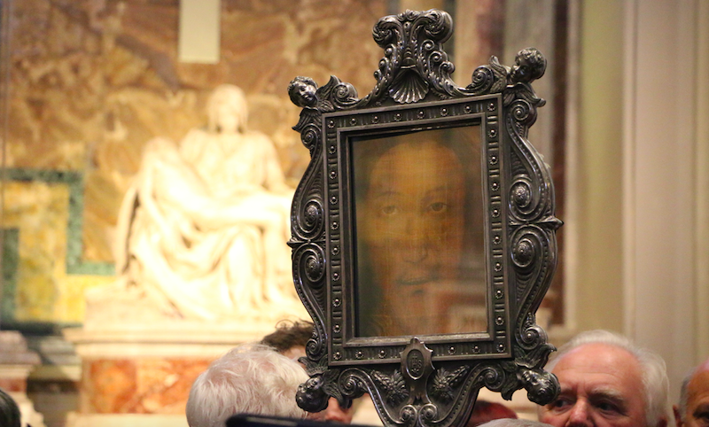 Replica of the Holy Face close to its former home in St. Peter's basilica, in the former St. Mary's Chapel, where Michelangelo's Pietà stands today.