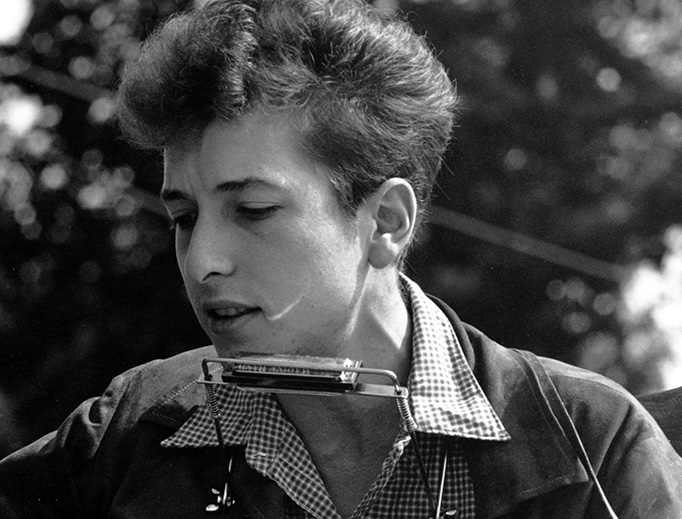 Bob Dylan performs at the Civil Rights March on Washington, D.C., on Aug. 28, 1963.