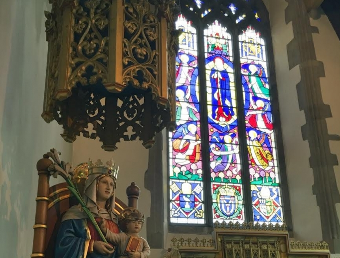 A statue of Our Lady of Walsingham in the national shrine of England.