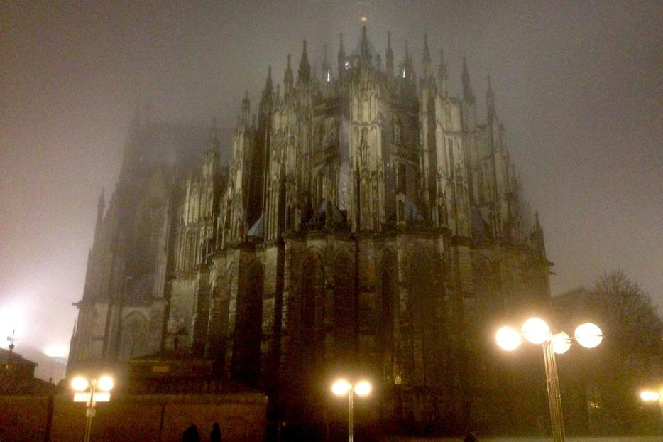 Cologne cathedral in winter fog.