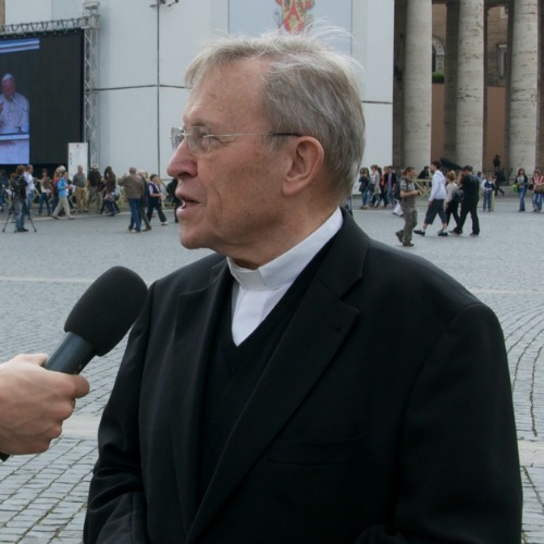 Cardinal Walter Kasper speaks with a Catholic News Agency correspondent at St. Peter's Square in April 2011.