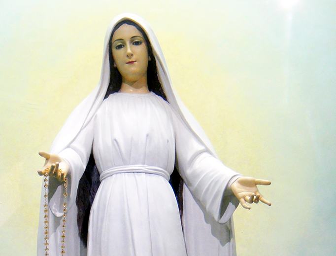 Image of Mary Mediatrix of all Graces of Lipa City, Philippines.