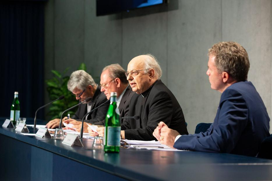 Cardinal Lorenzo Baldisseri, secretary-general of the Synod of Bishops, speaks to reporters about the apostolic constitution Episcopalis Communio, at the Vatican Sept. 18.