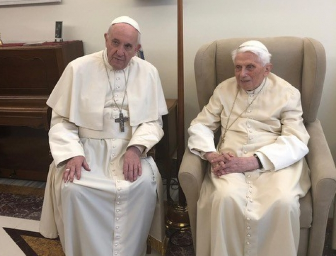 At the beginning of Holy Week, Pope Francis made a special visit to the Mater Ecclesiae Monastery to offer Easter greetings and birthday wishes to Pope Emeritus Benedict XVI.