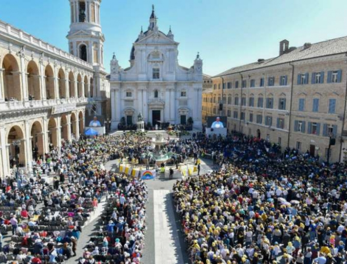 Pope Francis addresses pilgrims outside the Shrine of the Holy House of Loreto on March 25, 2019.