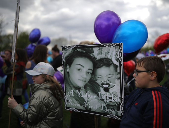 Balloons being prepared to release in memory of Alfie Evans outside Alder Hey Hospital after terminally ill 23-month-old Alfie Evans died at 2:30am this morning on April 28, 2018, in Liverpool, England.