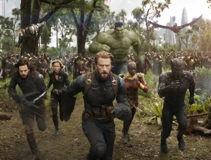 Don Cheadle, Chris Evans, Scarlett Johansson, Mark Ruffalo, Anthony Mackie, Chadwick Boseman, Sebastian Stan and Danai Gurira in Avengers: Infinity War.