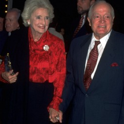 Bob and Dolores Hope in 1999.