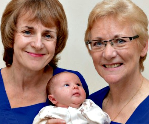 Scottish midwives Connie Wood (l) and Mary Doogan