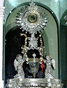 BEHOLD CHRIST. The Eucharistic miracle in Lanciano, Italy, is preserved from the eighth century.