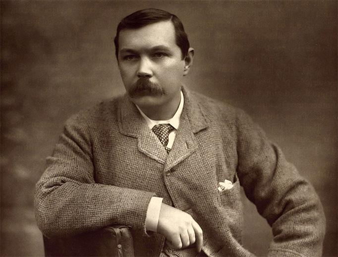 Sir Arthur Conan Doyle in 1893.