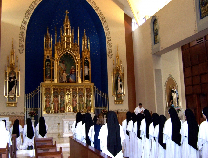 The Dominican Sisters of Mary, Mother of the Eucharist livestream their prayers so the faithful can participate.
