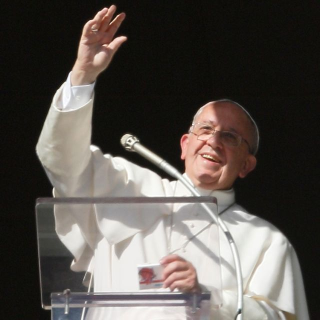 Pope Francis has just issued a major new document on evangelization. Here are 9 things to know and share . . .