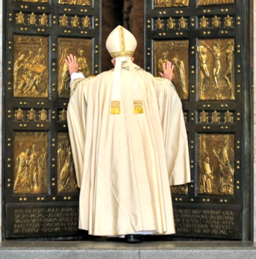 Pope Francis opens the Holy Door of St. Peter's Basilica, opening the Jubilee of Mercy,