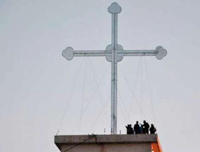 The cross in Telekuf-Tesqopa, near Mosul, Iraq.