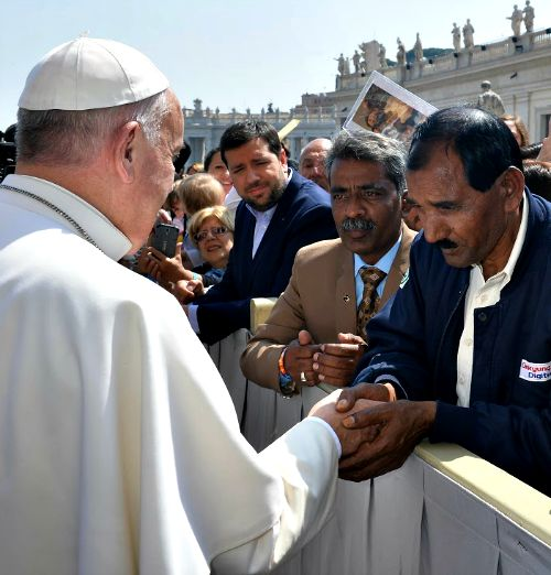 Ashiq Mesih, the husband of Asia Bibi, meets with Pope Francis after the Holy Father's general audience on April 15.