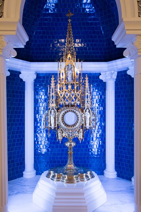 A miraculous find leads to an adoration chapel with historical roots.