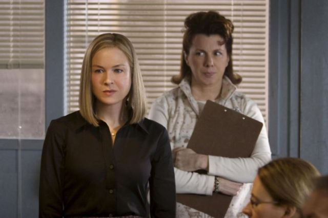 Renee Zellweger and Siobhan Fallon Hogan (right) in 'New in Town.'