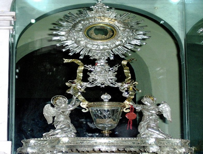The 'Miracle of Lanciano' — the relic of the miraculous Host is shown — continues to fascinate Catholics the world over.