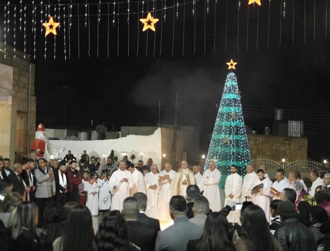 Advent prayers and Mass and a Christmas concert in Iraq bolster the spirits of beleaguered Christians.