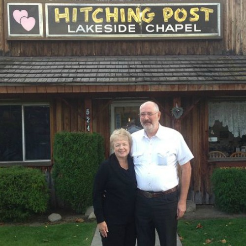 Donald and Evelyn Knapp at the Hitching Post Wedding Chapel in Coeur d'Alene, Idaho.