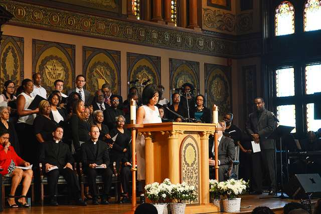 Sandra Green Thomas, president of the GU272 Descendants' Association, speaks at the 'Liturgy of Remembrance, Contrition and Hope' at Georgetown University April 18.