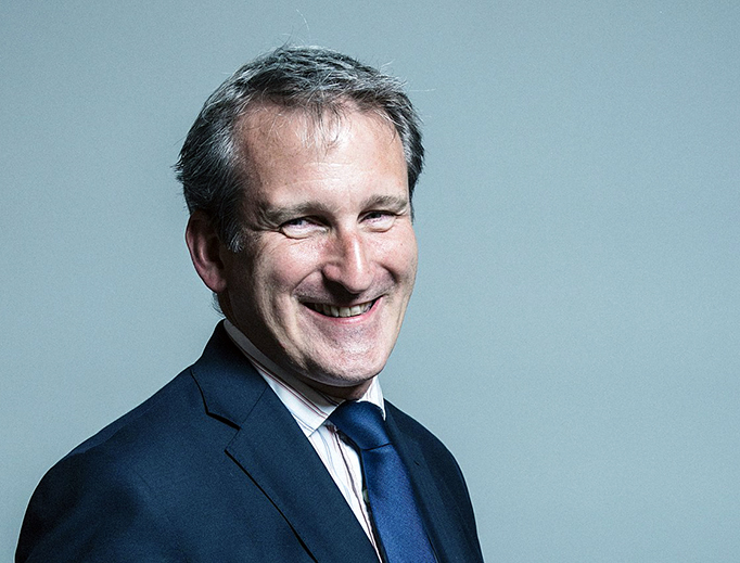 Official portrait of UK Education Secretary Damian Hinds
