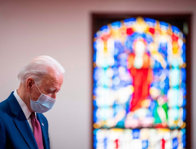 Former vice president and Democratic presidential candidate Joe Biden meets with clergy members and community activists during a visit to Bethel AME Church in Wilmington, Delaware on June 1, 2020.