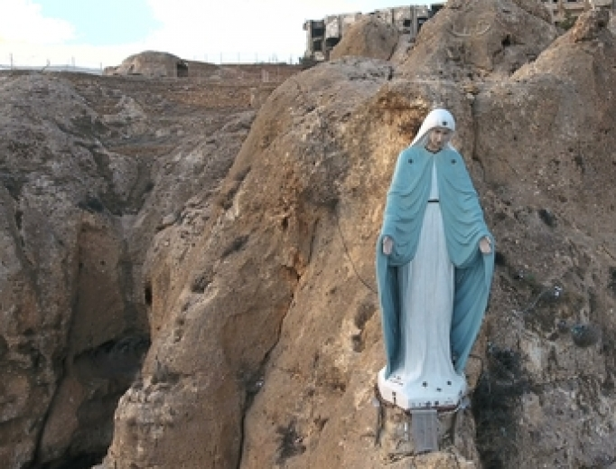 Statue of the virgin Mary in Syria, 2017.