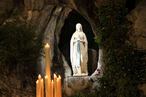 The grotto at Lourdes where Our Lady appeared.