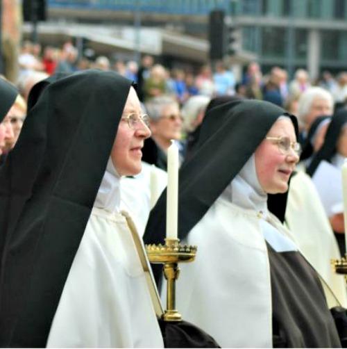 Carmelite sisters in Birmingham, England