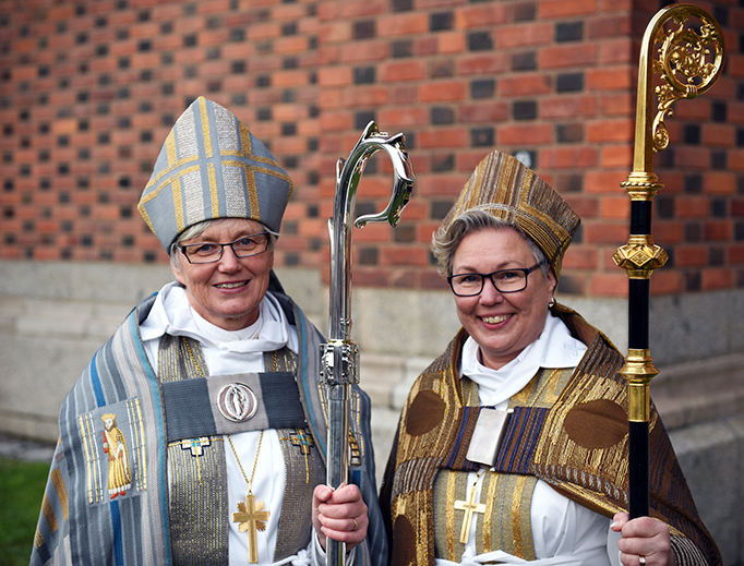 Swedish Lutheran 'bishops' Antje Jackelén (L) and Eva Nordung Byström