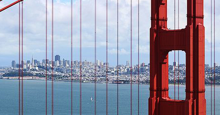 San Francisco seen through the Golden Gate Bridge, by Daniel Schwen [GFDL (http://www.gnu.org/copyleft/fdl.html) or CC BY-SA 3.0 (http://creativecommons.org/licenses/by-sa/3.0)], via Wikimedia Commons.