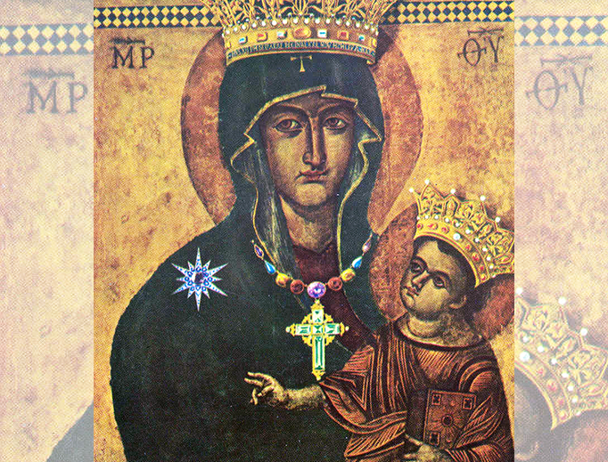 The Salus Populi Romani icon, crowned by Pius XII in 1953. After the renovation, the crown was deleted and is now in the museum of the sacristy of Saint Peter. The picture today in Rome exists therefore only without the crown.