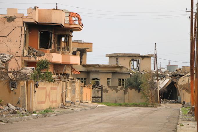 Destroyed houses in Karemlash.